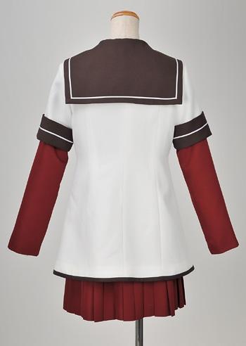 七森中学校制服(冬服)。価格は3万7800円。(C)なもり/一迅社・七森中ごらく部