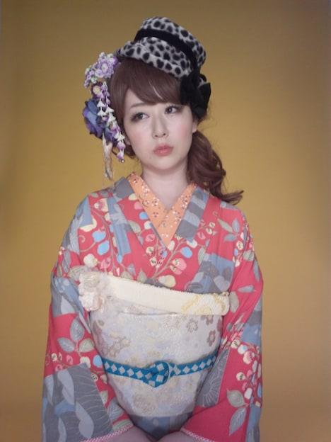 東村アキコ