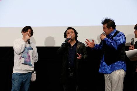 (左から)緑川光、檜山修之、稲田徹。