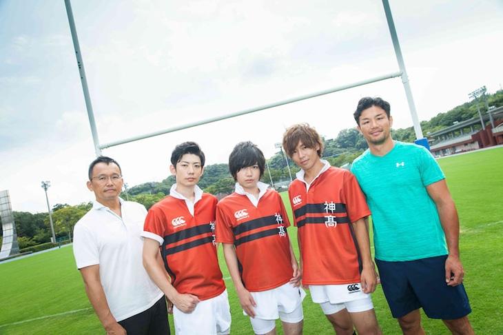 (左から)村上晃一、濱野大輝、千葉翔也、安達勇人、廣瀬俊朗。
