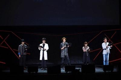 「アニメ『亜人』スペシャルイベント」の様子。左から福山潤、櫻井孝宏、宮野真守、洲崎綾、木下浩之。