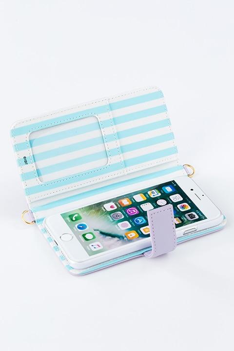 逢坂壮五モデルのスマートフォンケース(iPhone7用)。