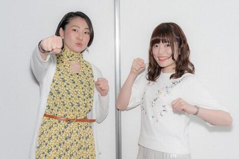 左から石田嘉代、加隈亜衣。
