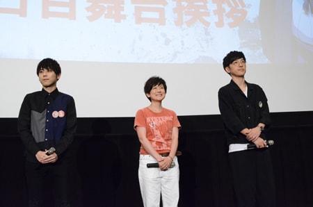 左から梶裕貴、小林由美子、櫻井孝宏。