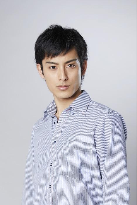 倉田岳史役の武子直輝。