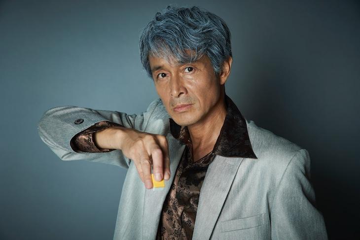 吉田栄作扮する赤木しげる。