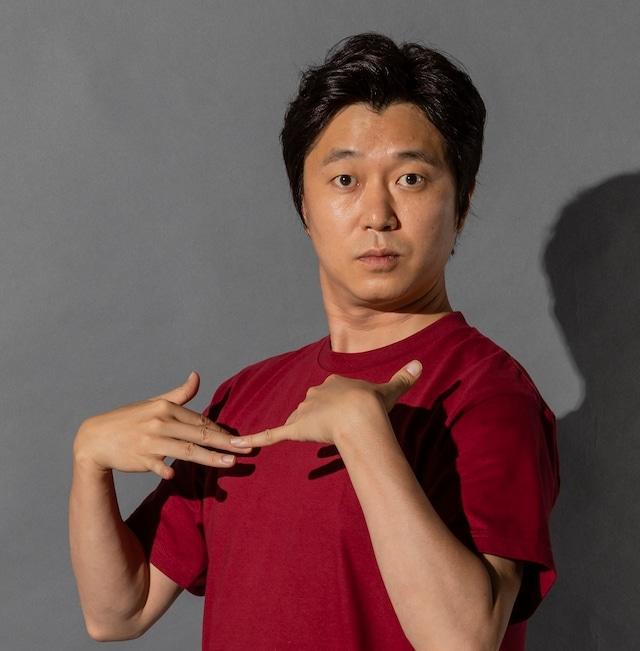 「行け!稲中卓球部」前野役の新井浩文。(c)「このマンガがすごい!」製作委員会