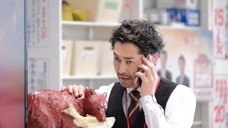 安田顕演じるひぐまテレビの情報部部長。