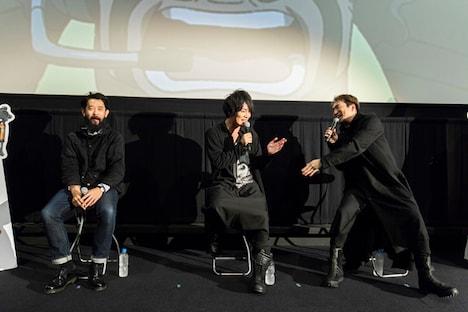 「メガロボクス」の劇場上映イベント「ベストバウト上映」より。左から森山洋監督、細谷佳正、安元洋貴。