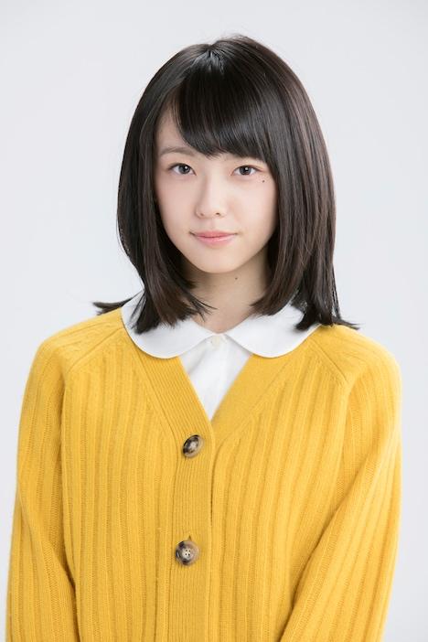 加藤小夏扮する麻生藍子。(c)桂正和/集英社・スカパー!
