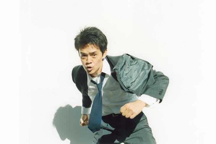 写真家・佐内正史が撮り下ろした、映画「宮本から君へ」のキービジュアル。