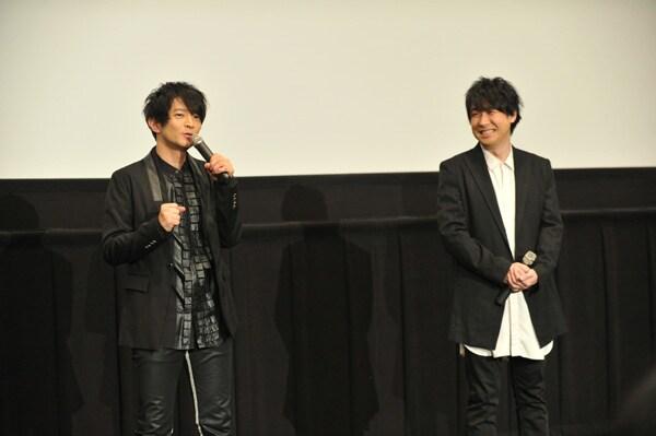 映画「ドキュメンターテイメント AD-LIVE」初日舞台挨拶の様子。左から鈴村健一、津田健次郎。