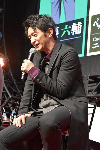 一ノ瀬栞役の津田健次郎。