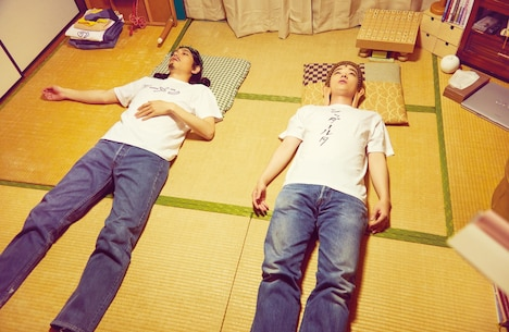 ドラマ「聖☆おにいさん」より。(c)中村光・講談社/パンチとロン毛 制作委員会