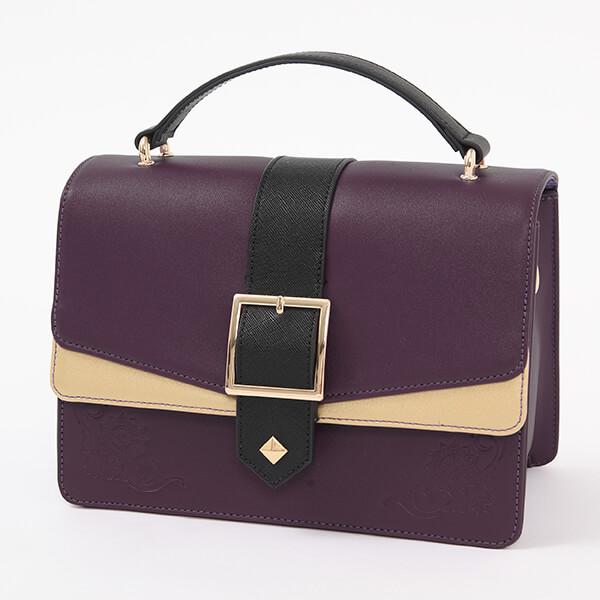 玄奘三蔵モデルのバッグ。