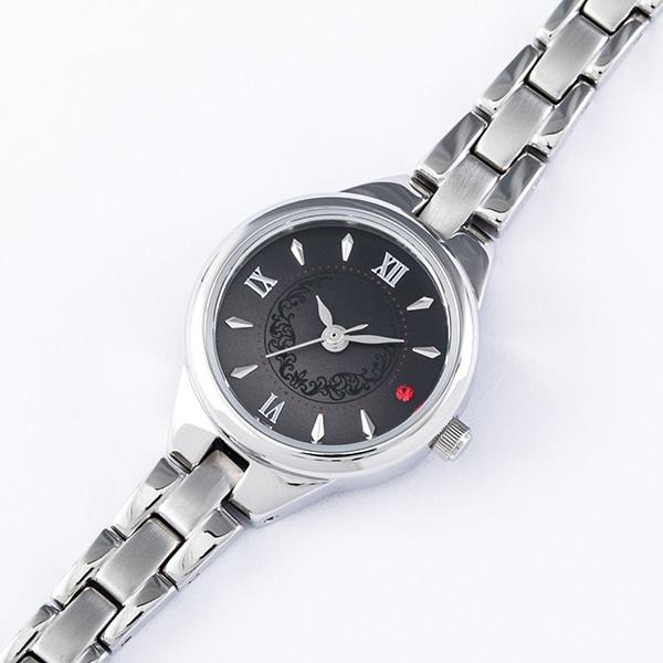 芥川龍之介モデルの腕時計。