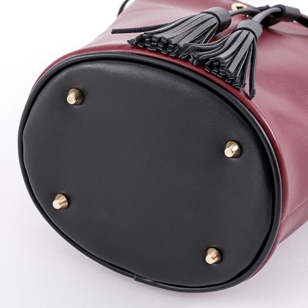 中原中也モデルのバッグ。