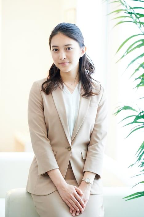 久保田紗友扮する園宮千晶。