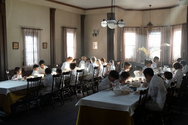 映画「約束のネバーランド」のビジュアル。