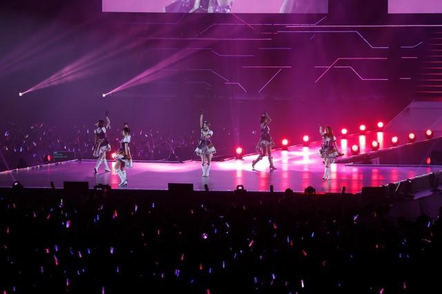 藍原ことみ、ルゥティン、飯田友子、高野麻美、佳村はるかによる「Tulip」。