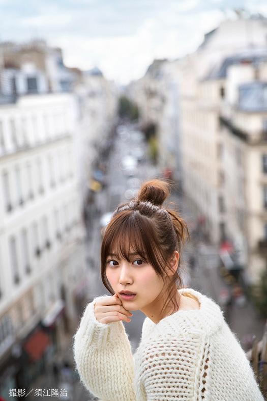 山下美月1st写真集より。(撮影:須江隆治)