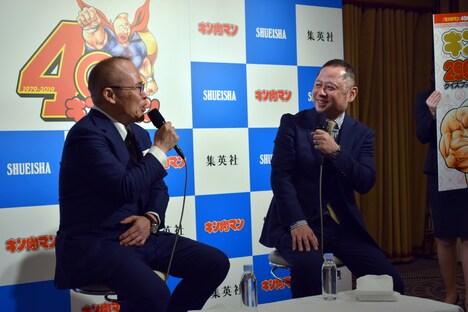 左から中井義則、嶋田隆司。