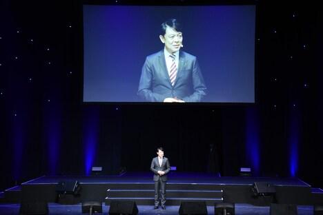 円谷プロダクションの代表取締役会長兼CEOの塚越隆行氏。