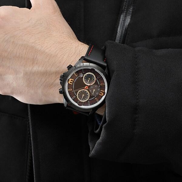 「フェイト・T・ハラオウン モデル 腕時計」着用イメージ