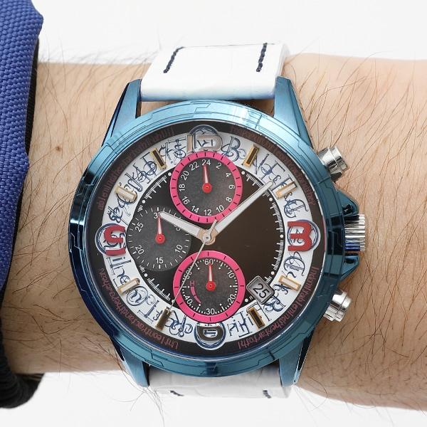「高町なのは モデル 腕時計」着用イメージ