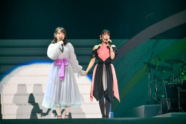 「リリカル☆ライブ」より。左から阿澄佳奈、日笠陽子。写真:キングレコード提供