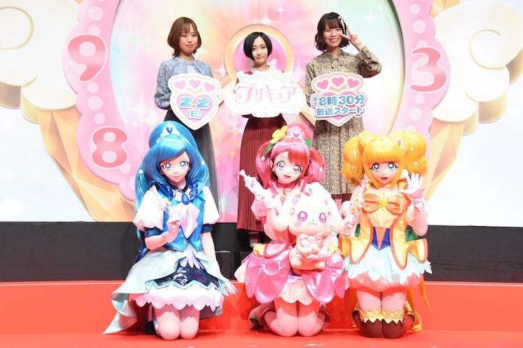 上段左から依田菜津、悠木碧、河野ひより、下段左からキュアフォンテーヌ、キュアグレース、キュアスパークル。