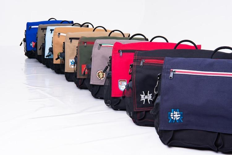 「ガルパンツァー3WAYバッグ」の一覧。
