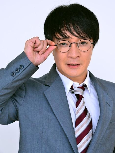 濱田岳扮する橋田一。(c)「働かざる者たち」製作委員会