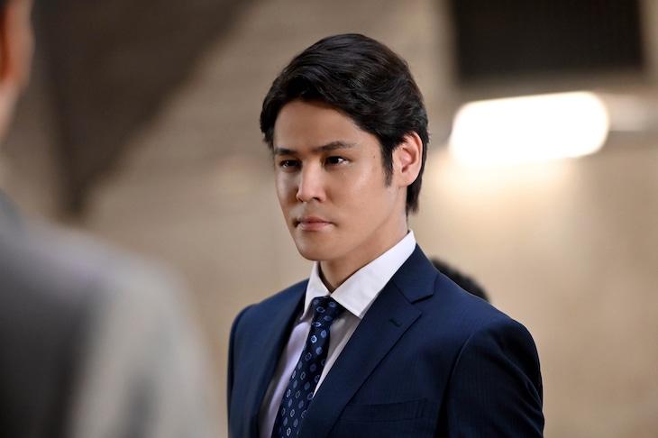 TVドラマ「半沢直樹」より、宮野真守演じる古谷。