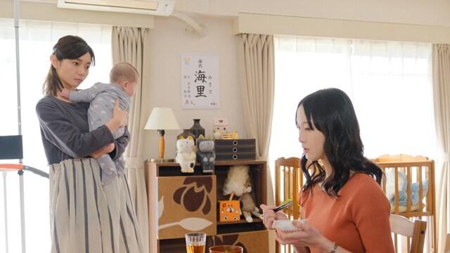 左から森矢カンナ、松井玲奈。