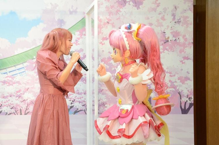 成瀬瑛美とキュアスター。