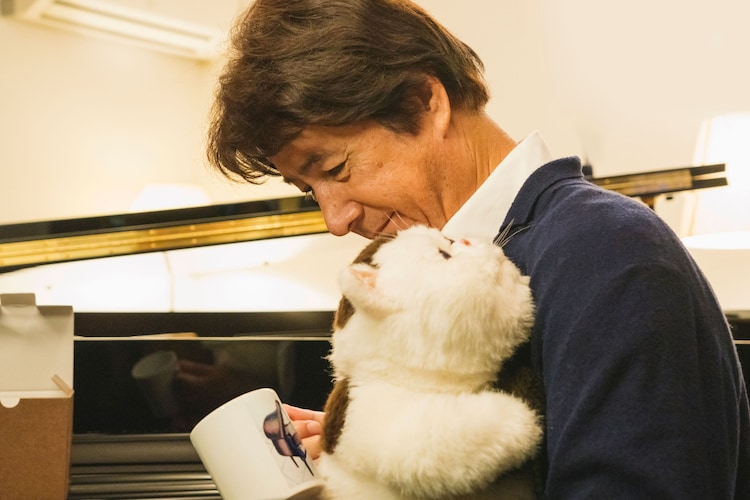 ドラマ「おじさまと猫」第5話より。 (c)「おじさまと猫」製作委員会