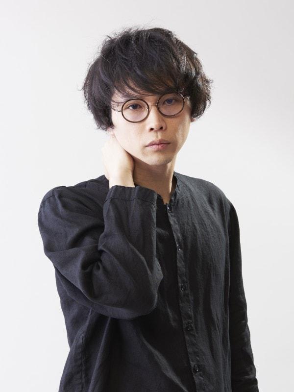 ワイズ・シュタイナー役の手塚ヒロミチ。