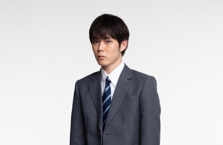 原健太役の細田佳央太。