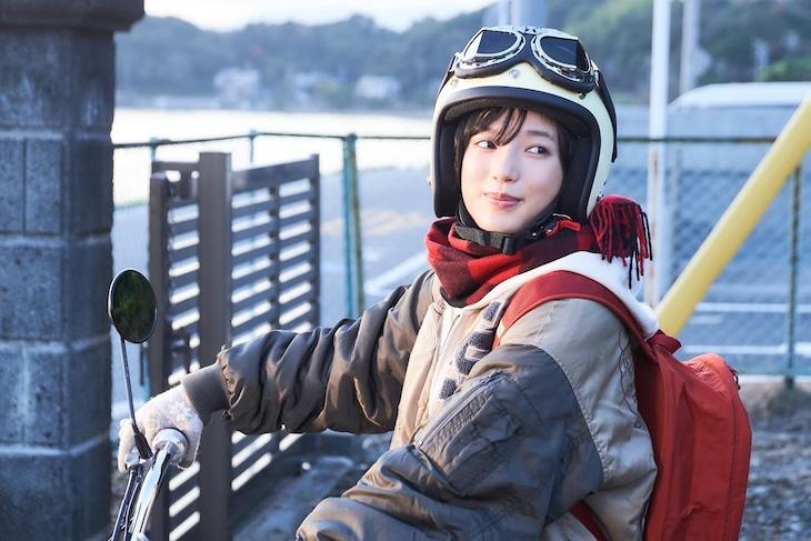 石井杏奈扮する土岐綾乃。(c)ドラマ「ゆるキャン△」製作委員会