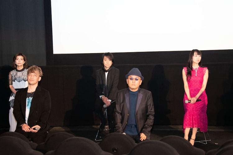 左から伊瀬茉莉也、勝杏里、優希比呂、立木文彦、長沢美樹。