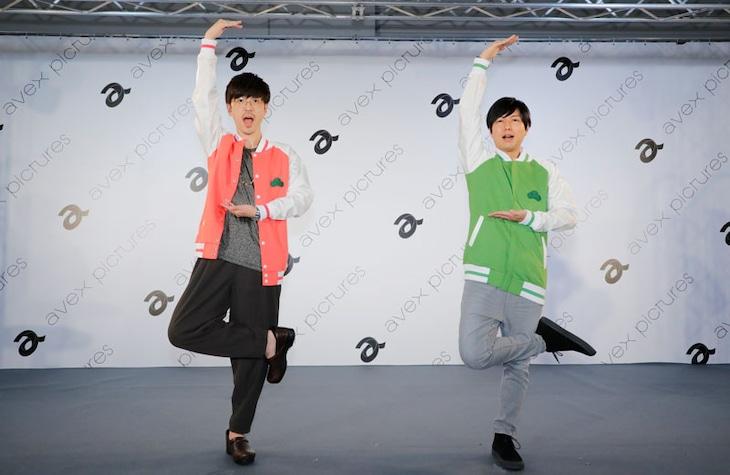 左から櫻井孝宏、神谷浩史。
