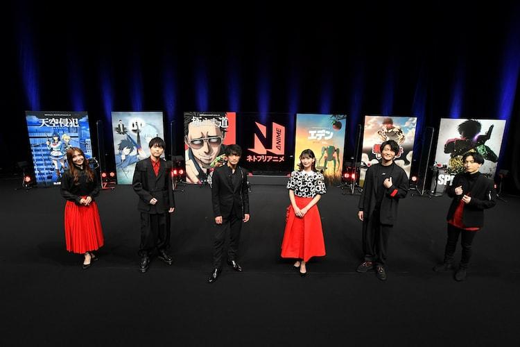 左から白石晴香、梶裕貴、津田健次郎、高野麻里佳、島崎信長、小林千晃。