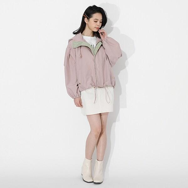 甘露寺蜜璃モデルのアウターの着用イメージ。