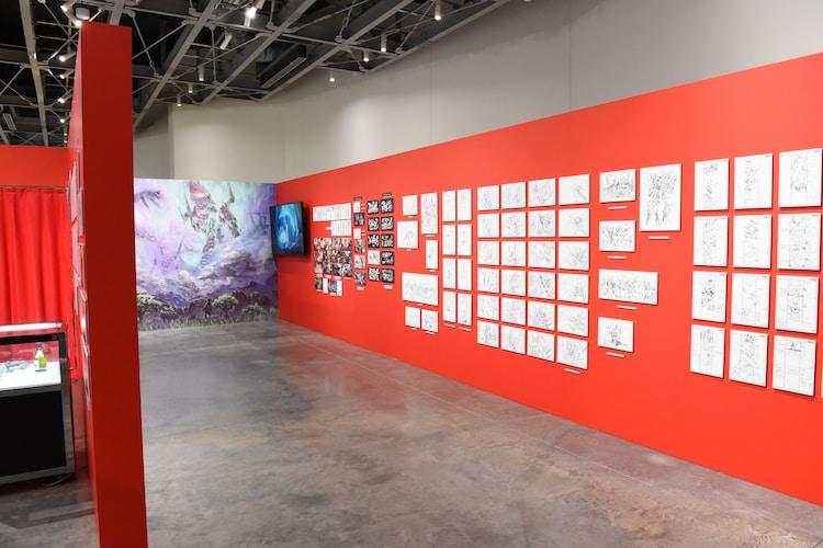 「今石洋之の世界」展より、「天元突破グレンラガン」の展示エリア。