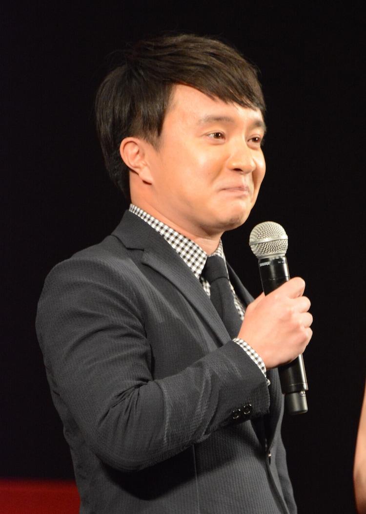 """""""シンブンシ""""のメンバー、ノビタを演じた濱田岳。"""