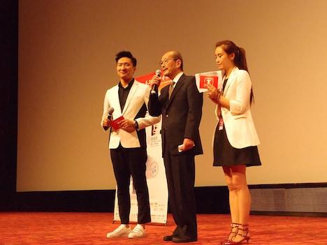 「高倉健トリビュート上映会」オープニングセレモニーに登壇した、監督の降旗康男。
