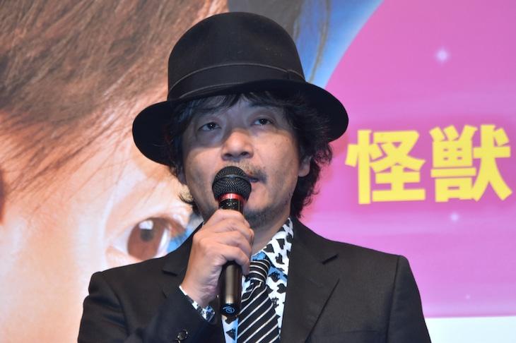 6月24日、「ラブ&ピース」のジャパンプレミアに出席した園子温。
