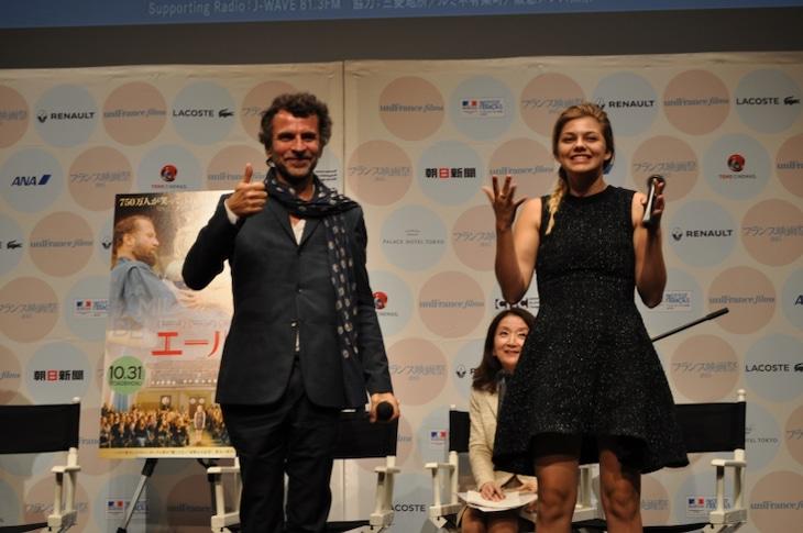 「エール!」ティーチインの様子。左からエリック・ラルティゴ、ルアンヌ・エメラ。