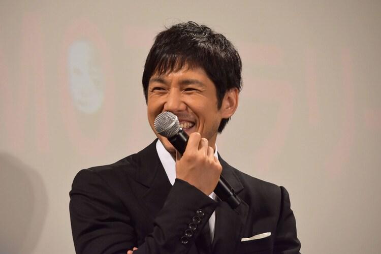 「怖くて、1人ではドラマの第6話までしか観れなかった」というファンに「ちゃんと観てくださいよ!」とツッコむ西島秀俊。